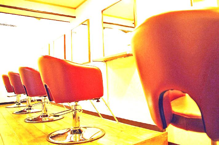 美しくなる場所だから考えたい、美容室のスタイリングチェア・セットイス