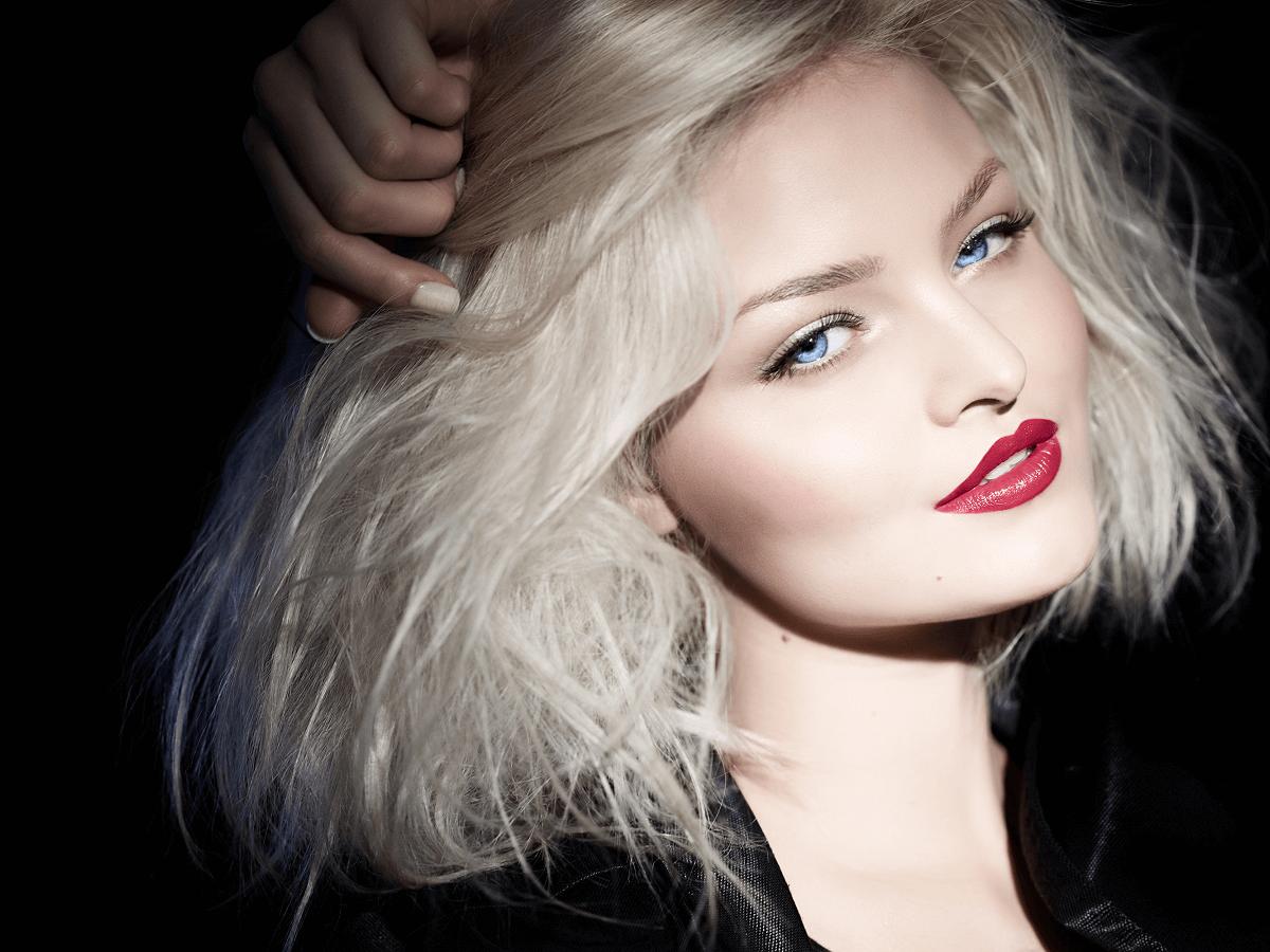 ブリーチ剤で髪が痛むのは強力な薬剤のせい?メリットデメリットと髪に優しいケアブリーチについて