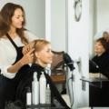 美容師も名刺は必要?名刺を渡さないことで起こるデメリットと指名を取るコツ