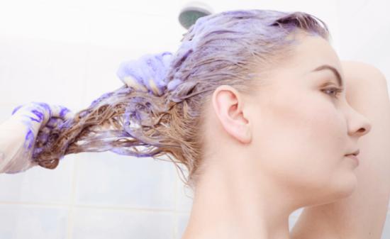 紫シャンプー