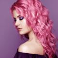 髪色ピンクは年齢不問?日本人に合うヘアカラーの色落ち対策とケア方法