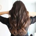 巻き髪をアイロンできれいに作るやり方やコツをプロが徹底解説!NGアクションやおすすめのコテも紹介